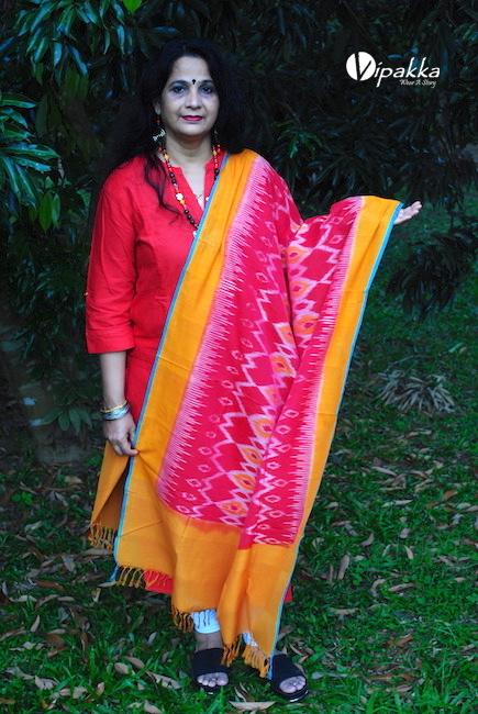 Vipakka handcrafted ikkat dupatta