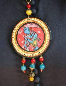 22814152_1688206527917421_7599846145802991184_n-231x300 Pattachitra Wooden Necklace - An exclusive collection by Vipakka
