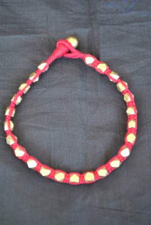 Hand-crafted-dokra-anklet-13-300x447 Trendy Handmade Anklets from Vipakka To Stay Up To Date