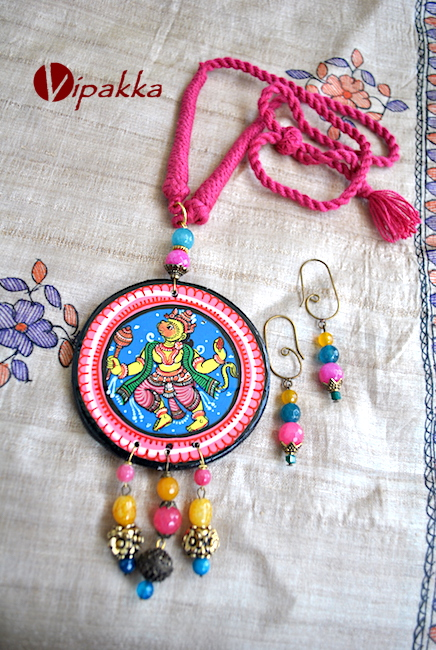 Pattachitra Wooden Necklace with Round pendant