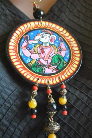 Vipakka_Handpainted-pattachitra-necklace-44-300x447 5 Amazing ways to style your Pattachitra Necklace  - Tradition meets Trend