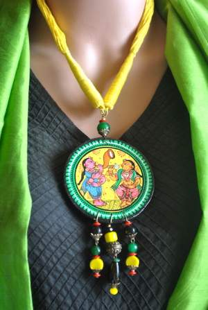 Vipakka_Handpainted-pattachitra-necklace-51-300x447 5 Amazing ways to style your Pattachitra Necklace  - Tradition meets Trend