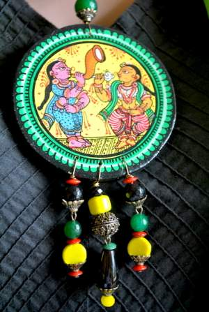 Vipakka_Handpainted-pattachitra-necklace-52-300x447 5 Amazing ways to style your Pattachitra Necklace  - Tradition meets Trend