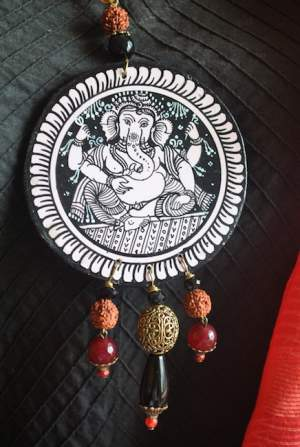 Vipakka_Handpainted-pattachitra-necklace-58-300x447 5 Amazing ways to style your Pattachitra Necklace  - Tradition meets Trend