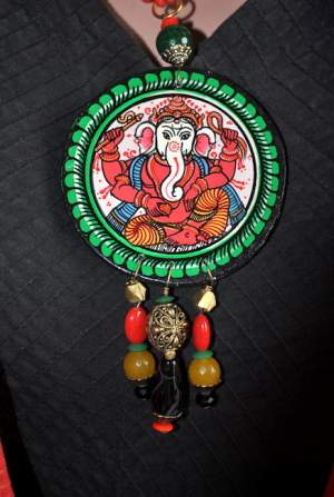 Vipakka_Handpainted-pattachitra-necklace-59-300x447 5 Amazing ways to style your Pattachitra Necklace  - Tradition meets Trend