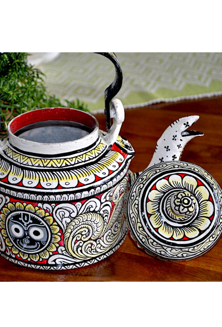 Vipakka-hand-painted-Kettle-home-decor-pattachitra-art2-3 Top Hand Painted Decorative Kettle Collections for a Trendy Living Room