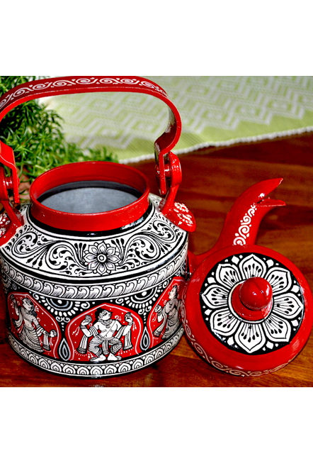 Vipakka-hand-painted-Kettle-home-decor-pattachitra-art3 Top Hand Painted Decorative Kettle Collections for a Trendy Living Room