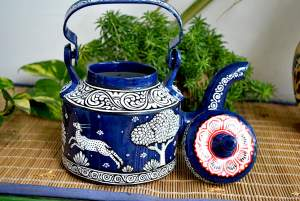 hand painted kettle from Vipakka with patachitra art 22