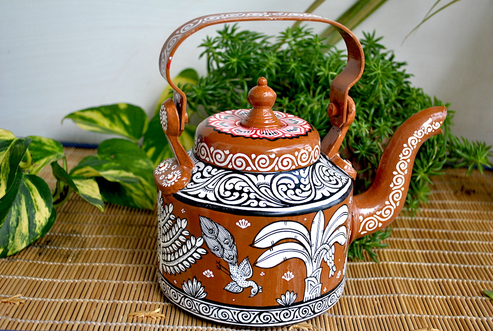 hand painted kettle from Vipakka with patachitra art 61