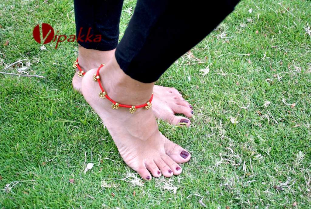 Trendy Handmade Anklets from Vipakka To Stay Up To Date