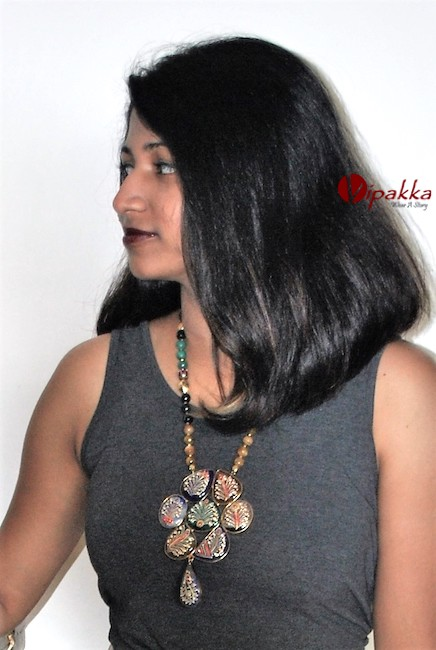 agate-stone-pendant-necklace-trendy-3 5 Amazing Ways to Style Your Stone Necklace with Any Attire