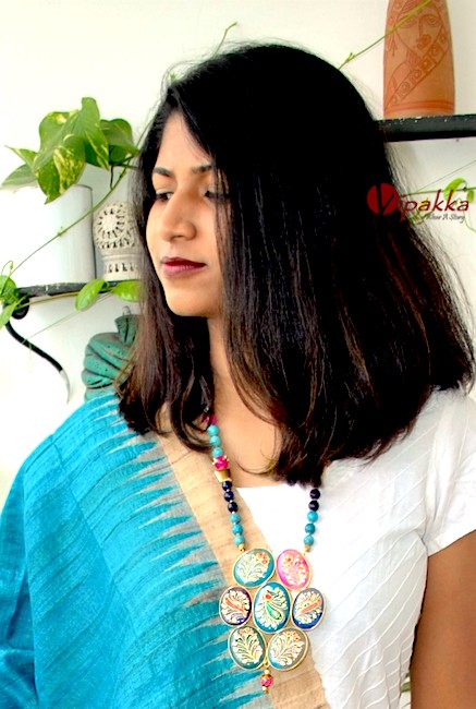 agate-stone-pendant-necklace-trendy-4 5 Amazing Ways to Style Your Stone Necklace with Any Attire