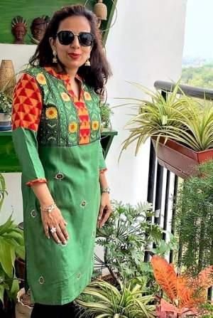 handpainted-patachitra-kurta_vipakka-13-300x447 Apparels