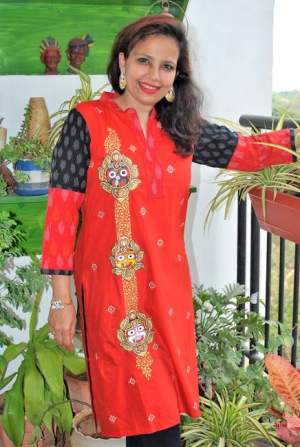 handpainted-patachitra-kurta_vipakka-6-300x447 Apparels