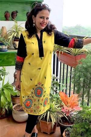handpainted-patachitra-kurta_vipakka-7-300x447 Apparels