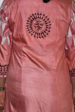 handpainted-patachitra-kurta_vipakka-8-300x447 Apparels