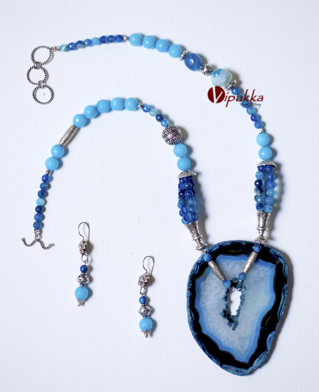 SAJ_4974 Unique and Trendy Agate Stone Necklaces You Should Add To Your Jewelry Box