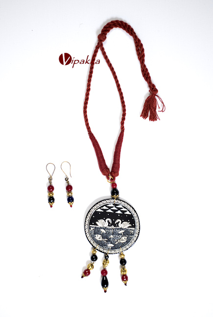 Hand-painted Patachitra Necklace with thread work - 1