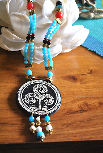 Hand-painted Pattachitra Necklace with thread work - vn 2
