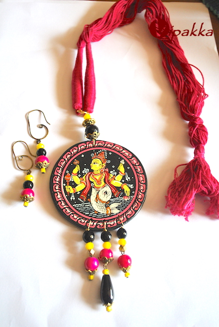 Hand-painted Wooden Patachitra Necklace with beads work 4