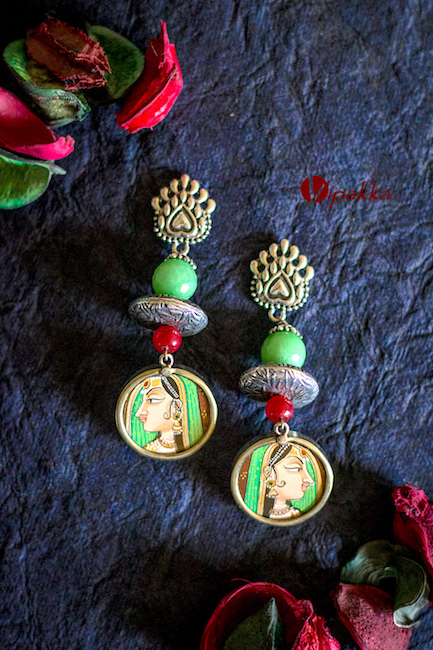 Vipakka handcrafted jewelry - earring set