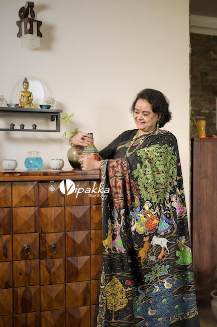 Vipakka hand-painted patachitra saree